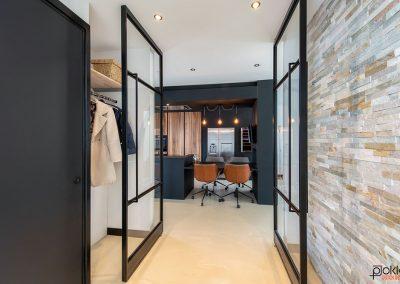 Project-glazenwand-stalen-deuren-dubbel-open-staand
