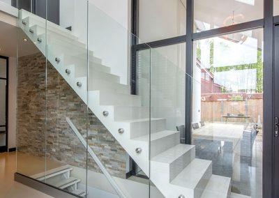 Project-glazenwand-trap-stalen-deuren-totaal-9