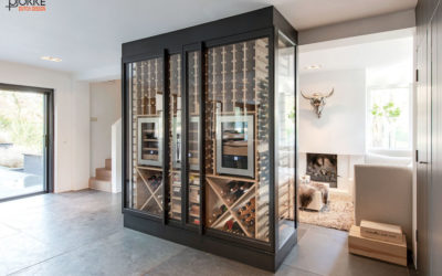 Projekt: Weinschrank mit Drehtüre